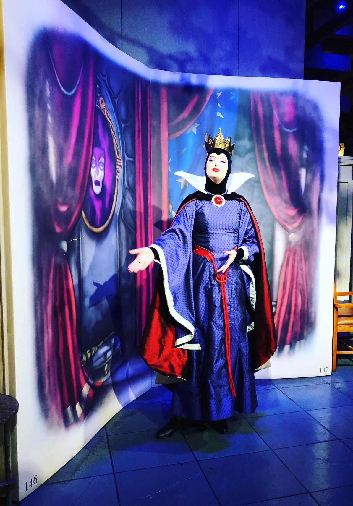 afterlight 39.jpgStory Book Dining at Artist Point with Snow White Review. #wdw #DisneyWorld #characterdining #snowwhite #evilqueen #artistpoint #sotrybookdining #waltdisneyworld #disney #disneywithkids