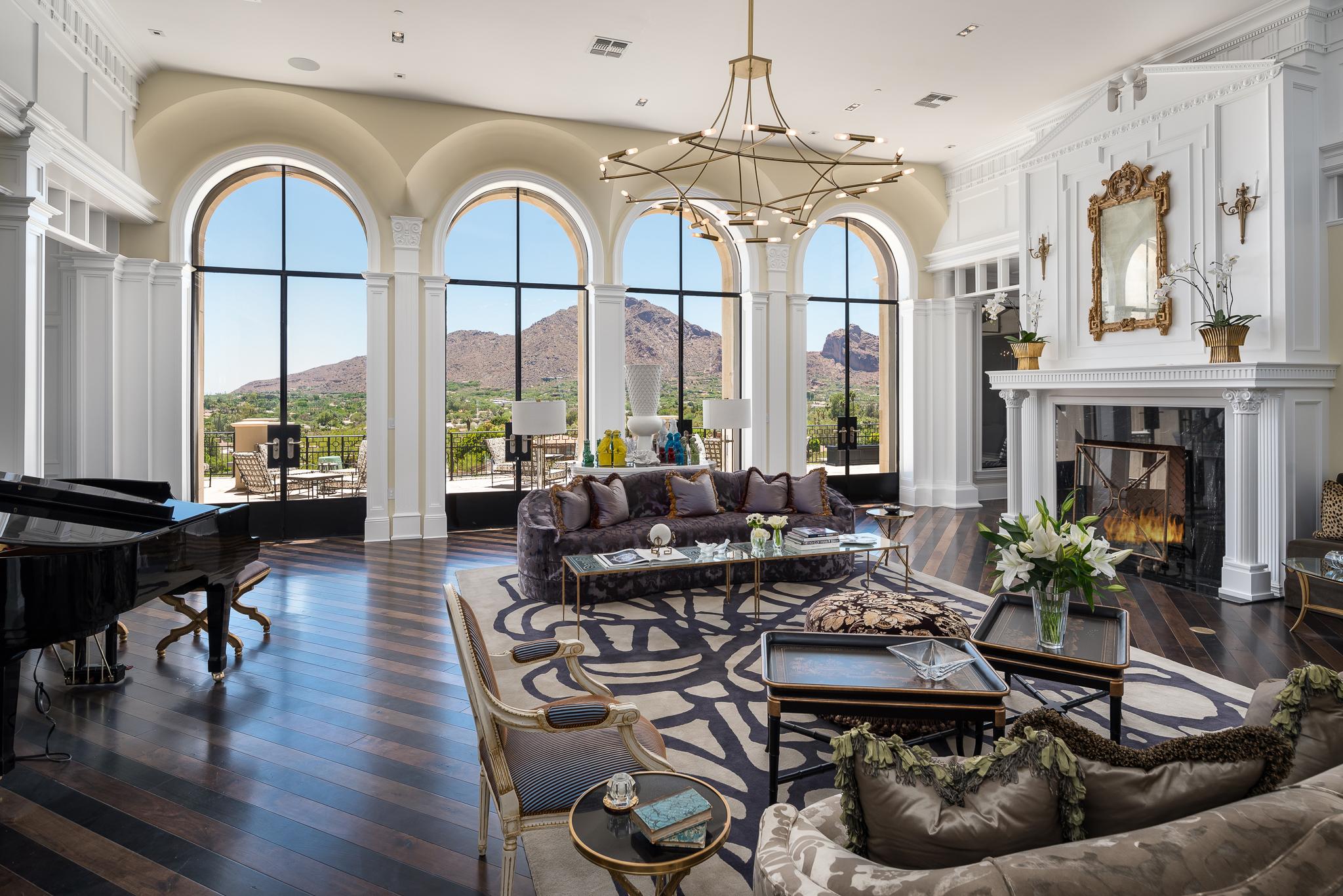 09 Living Room Views.jpg