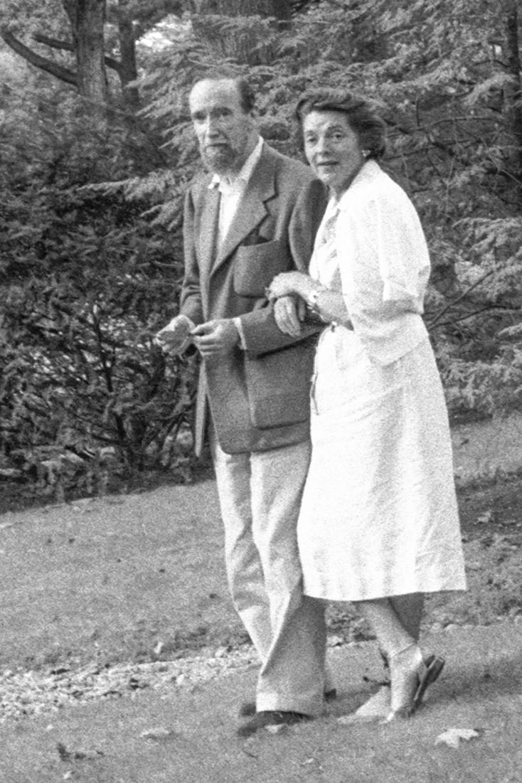 With Nancy Wilson Ross, New York, 1962. -