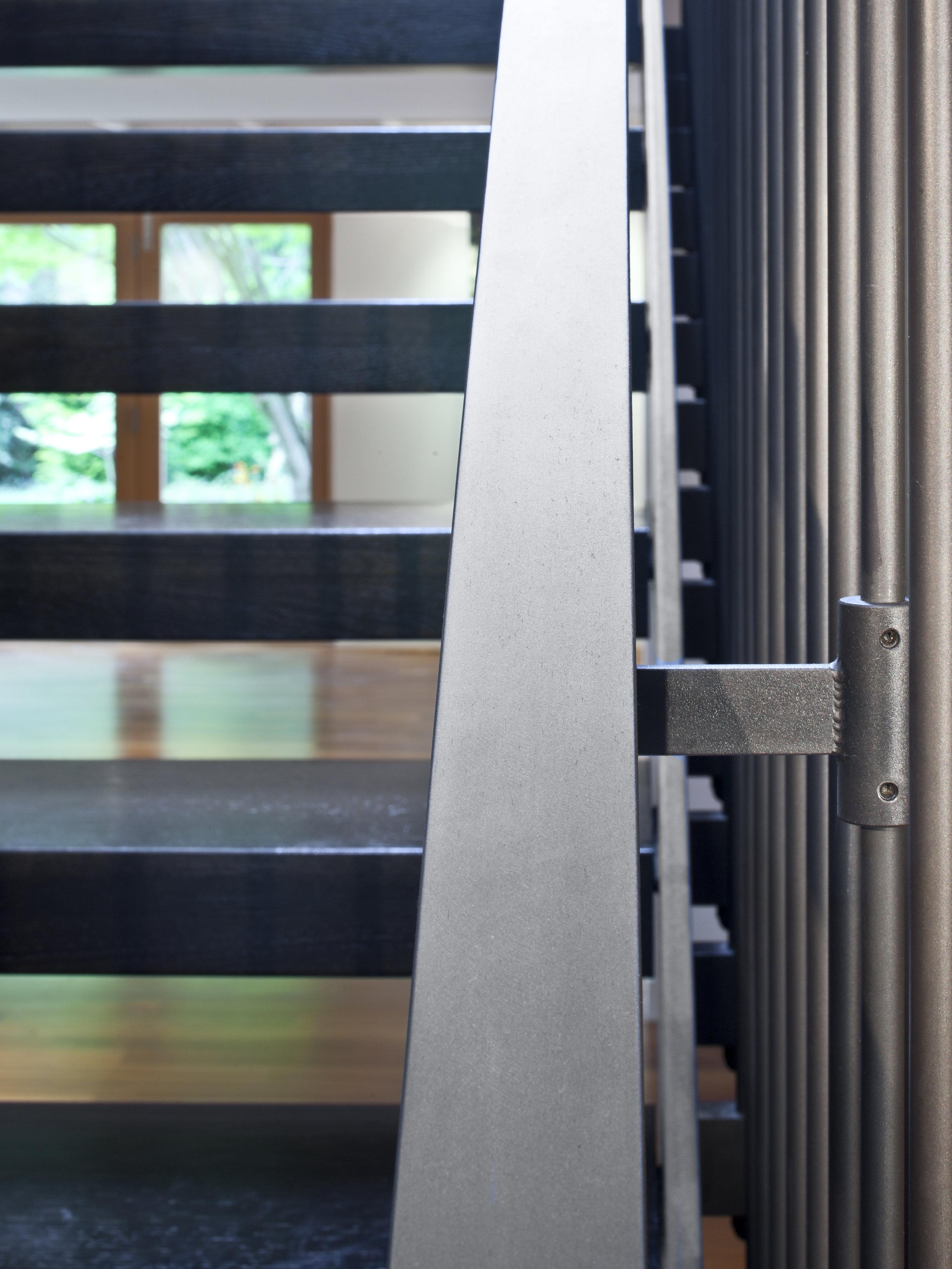 west mercer railing detail.jpg
