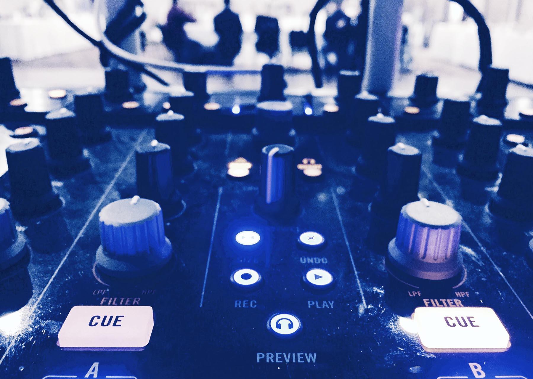 soulful_sounder-gear copy.jpg