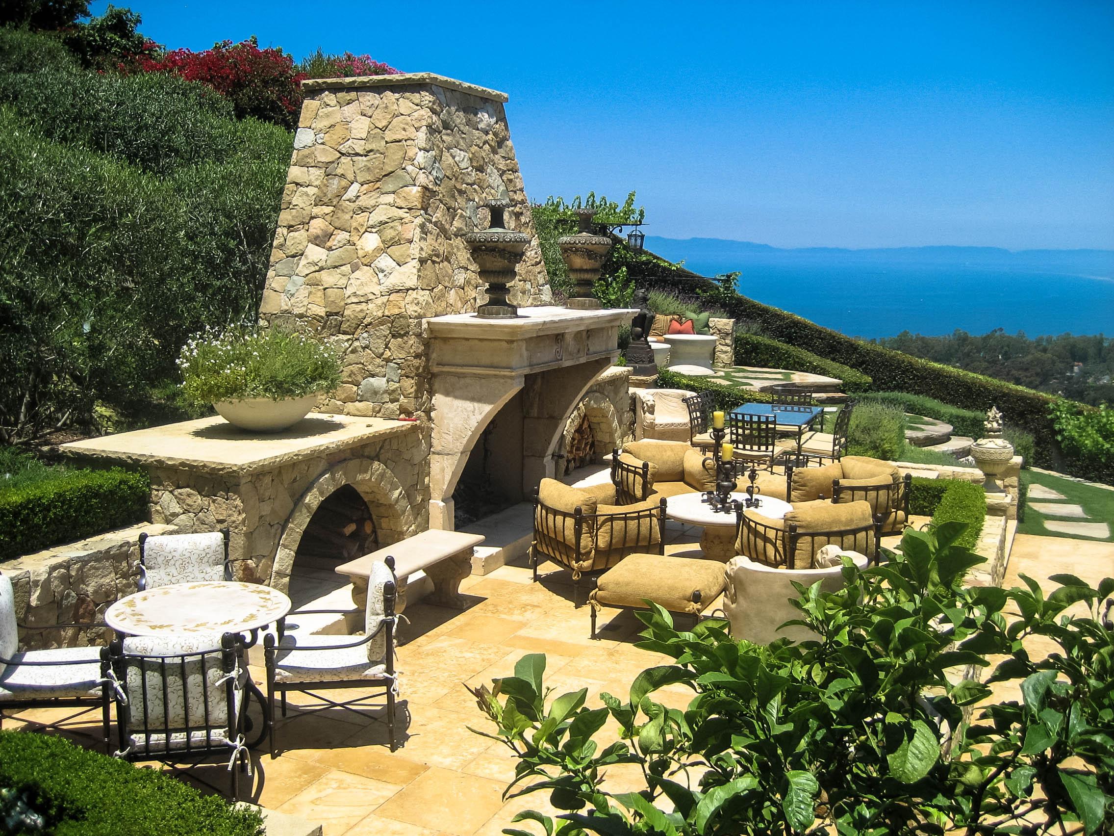 Mediterranean Hillside Villa - Palos Verdes, California
