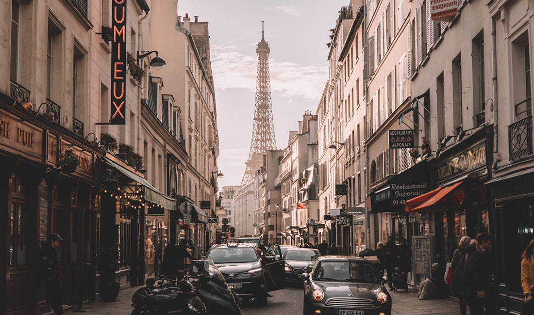 PARIS - FROM 232,000 POINTS+ CONCIERGE FEE & TAXESYOU CAN SAVE: 65% WITH POINTS + IFLYFLAT