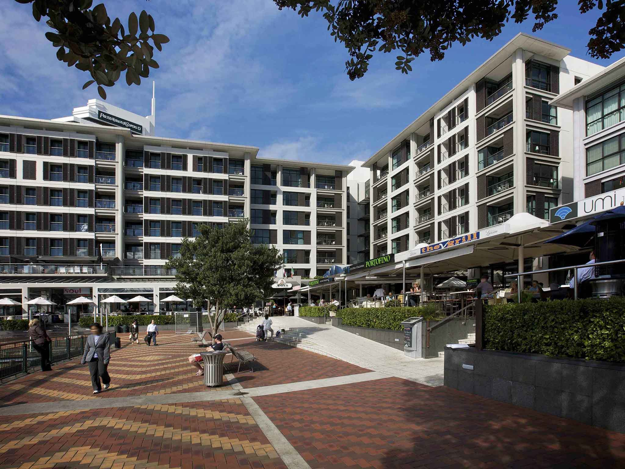 Viaduct-City-Apartments-For-Sale-Auckland-Hamish-Duke-Sebel.jpg