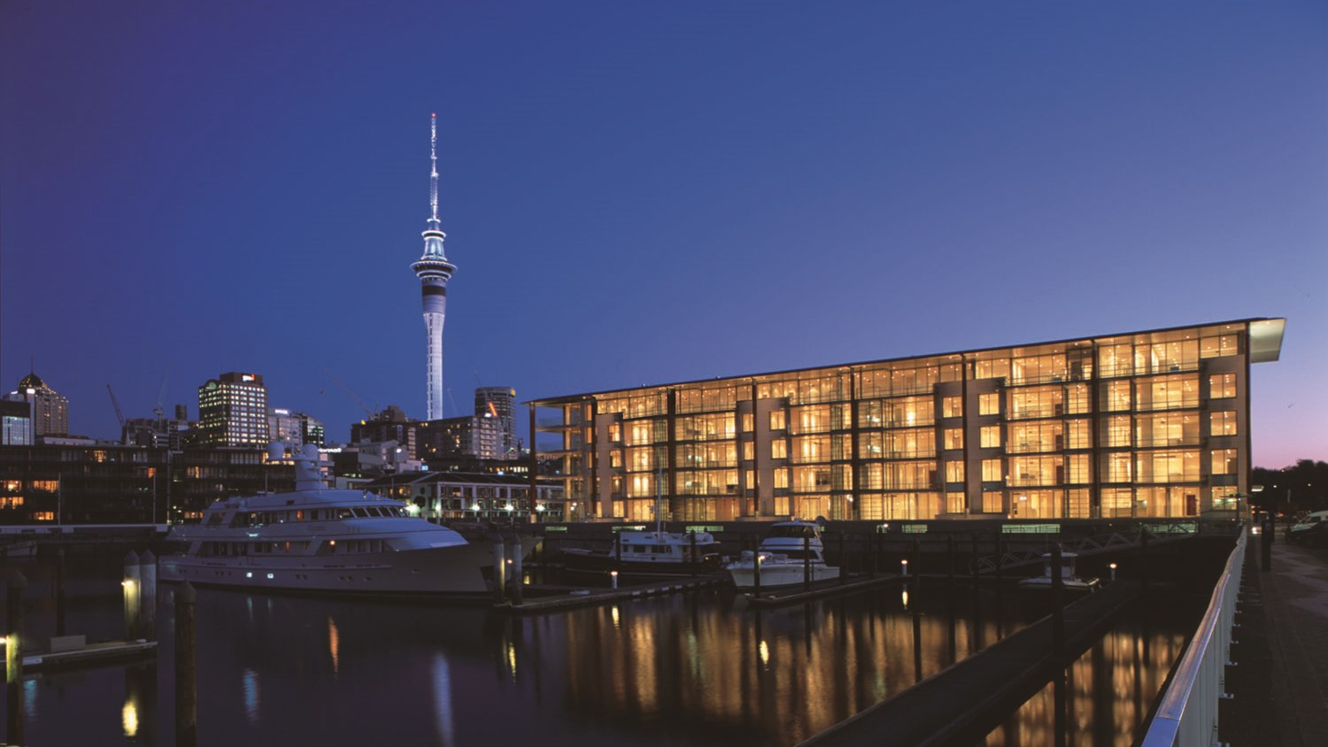 Viaduct-City-Apartments-For-Sale-Auckland-Hamish-Duke-Lighter-Quay2.jpg