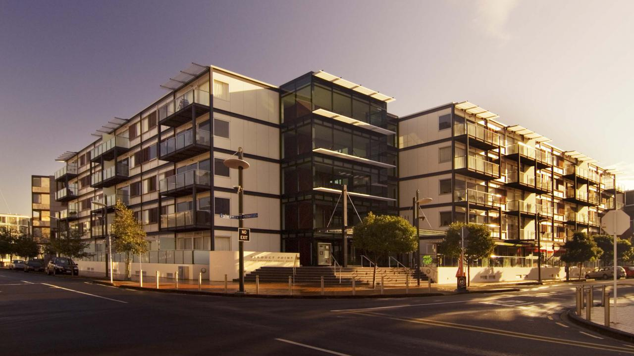 Viaduct-City-Apartments-For-Sale-Auckland-Hamish-Duke_Viaduct-Point.jpg