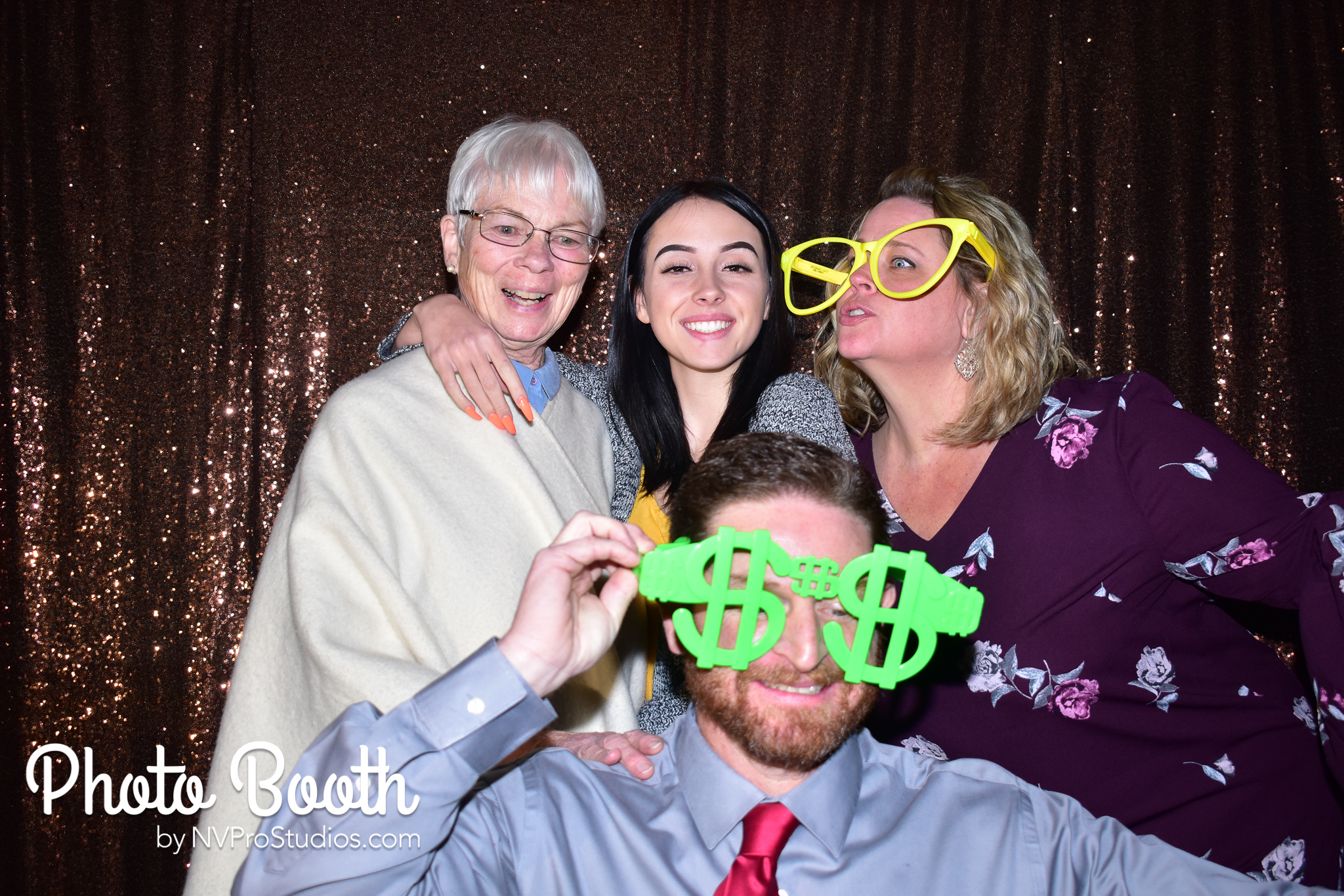 J & V Photobooth-68.jpg