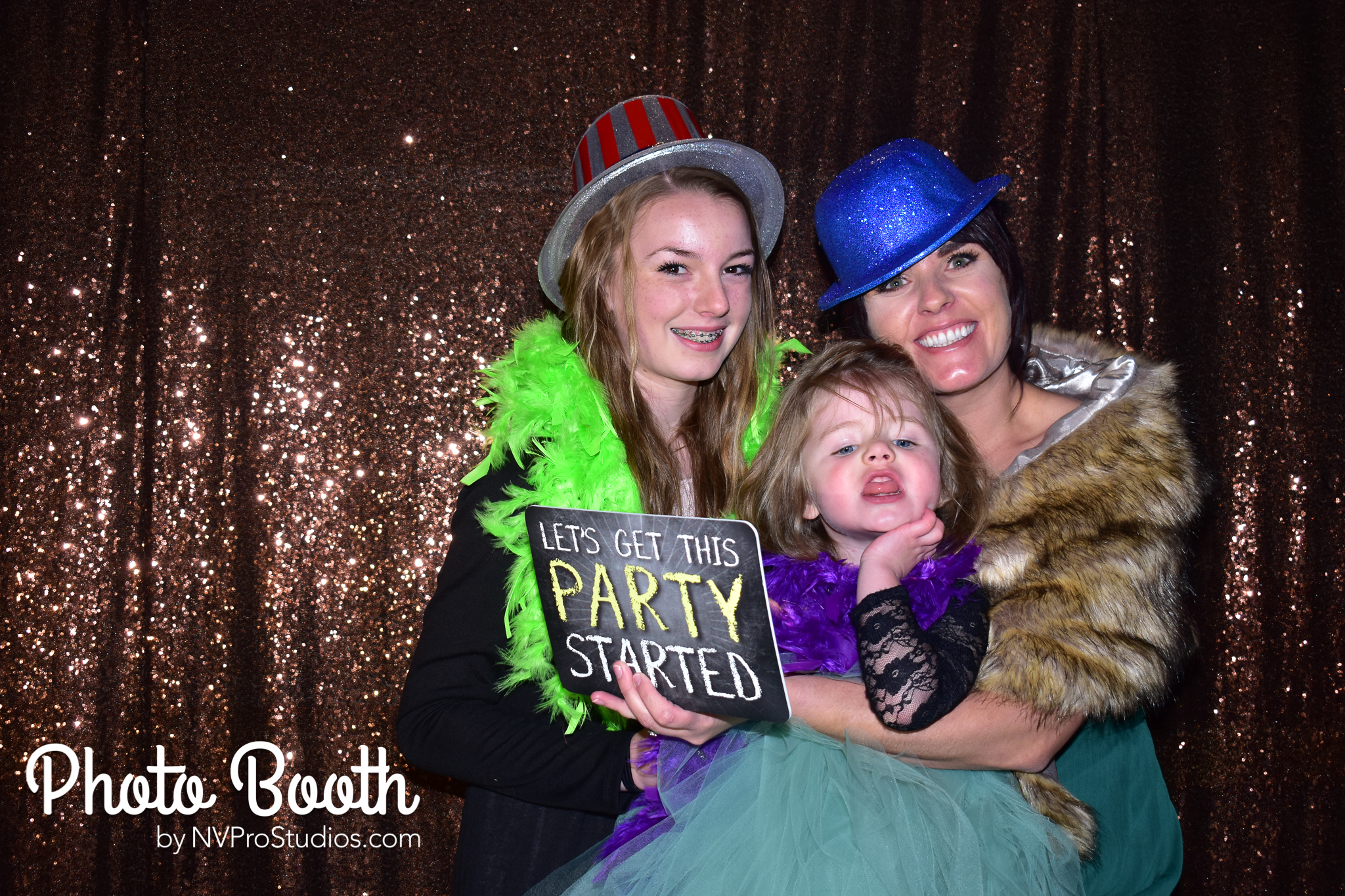 J & V Photobooth-92.jpg
