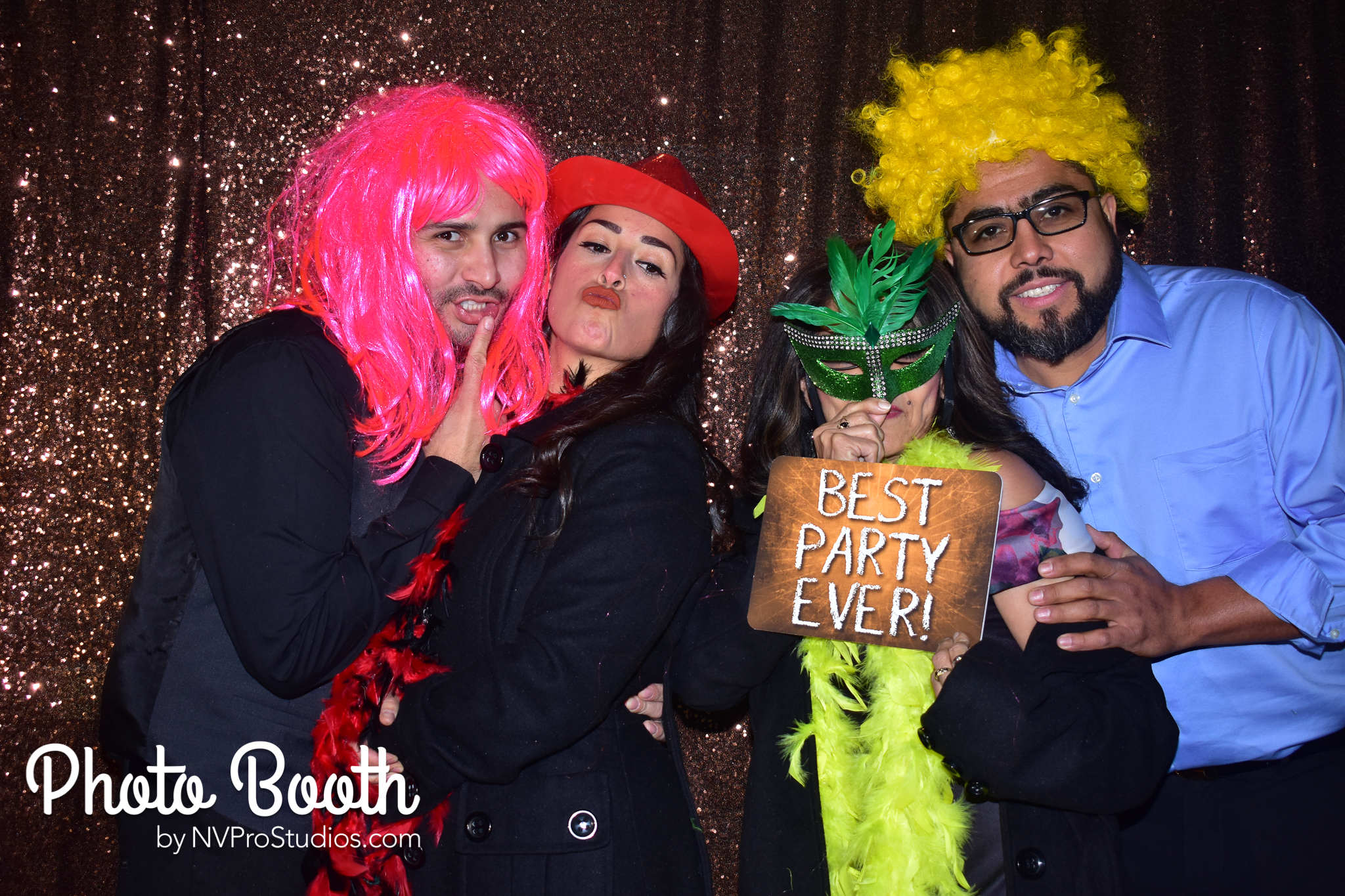J & V Photobooth-119.jpg