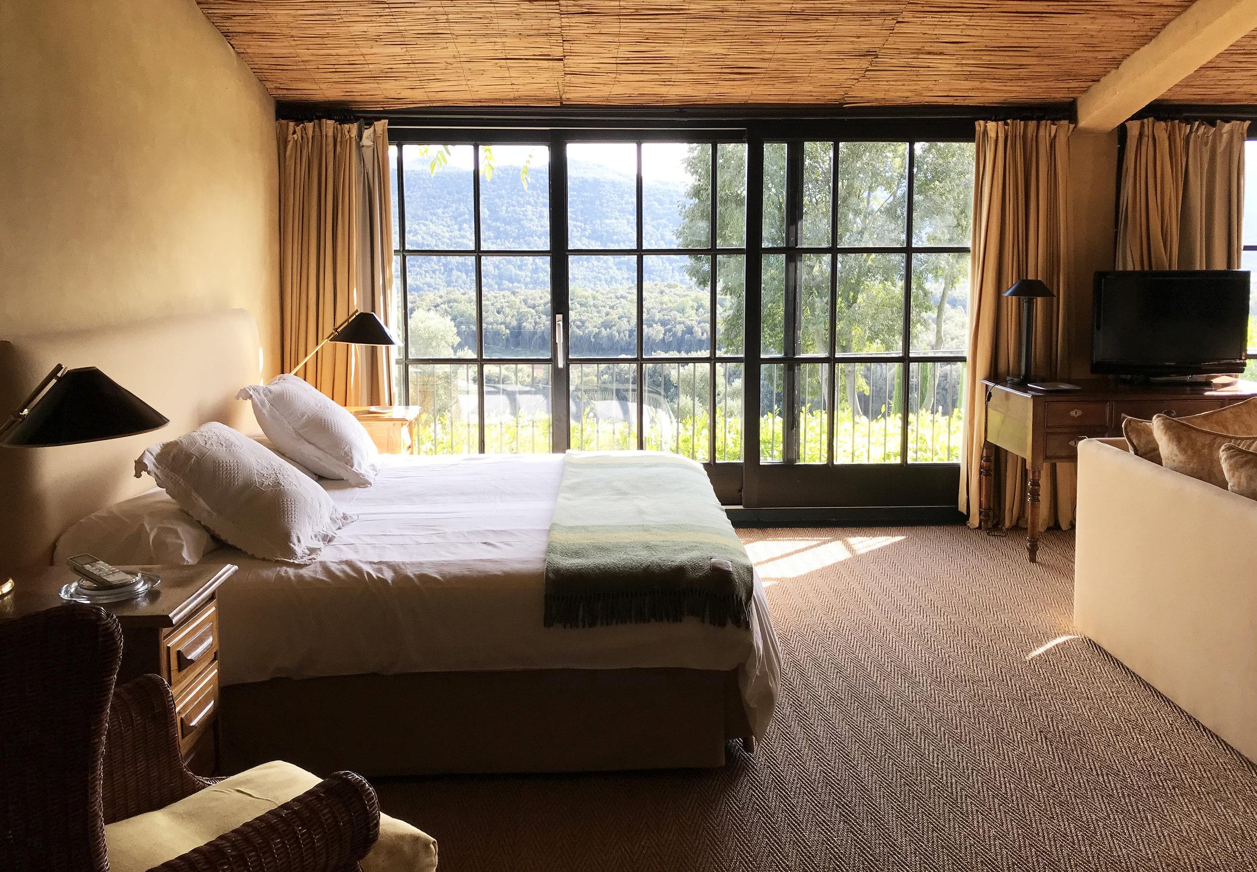 suite loft Bed.jpg