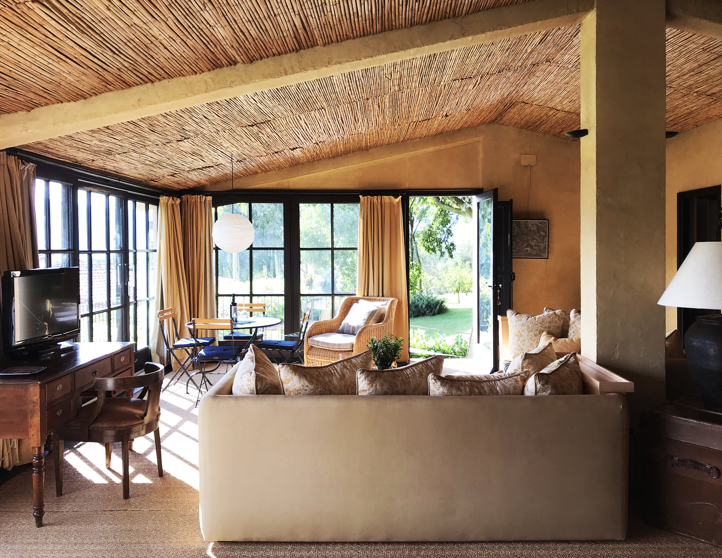 Suite Loft Living3.jpg