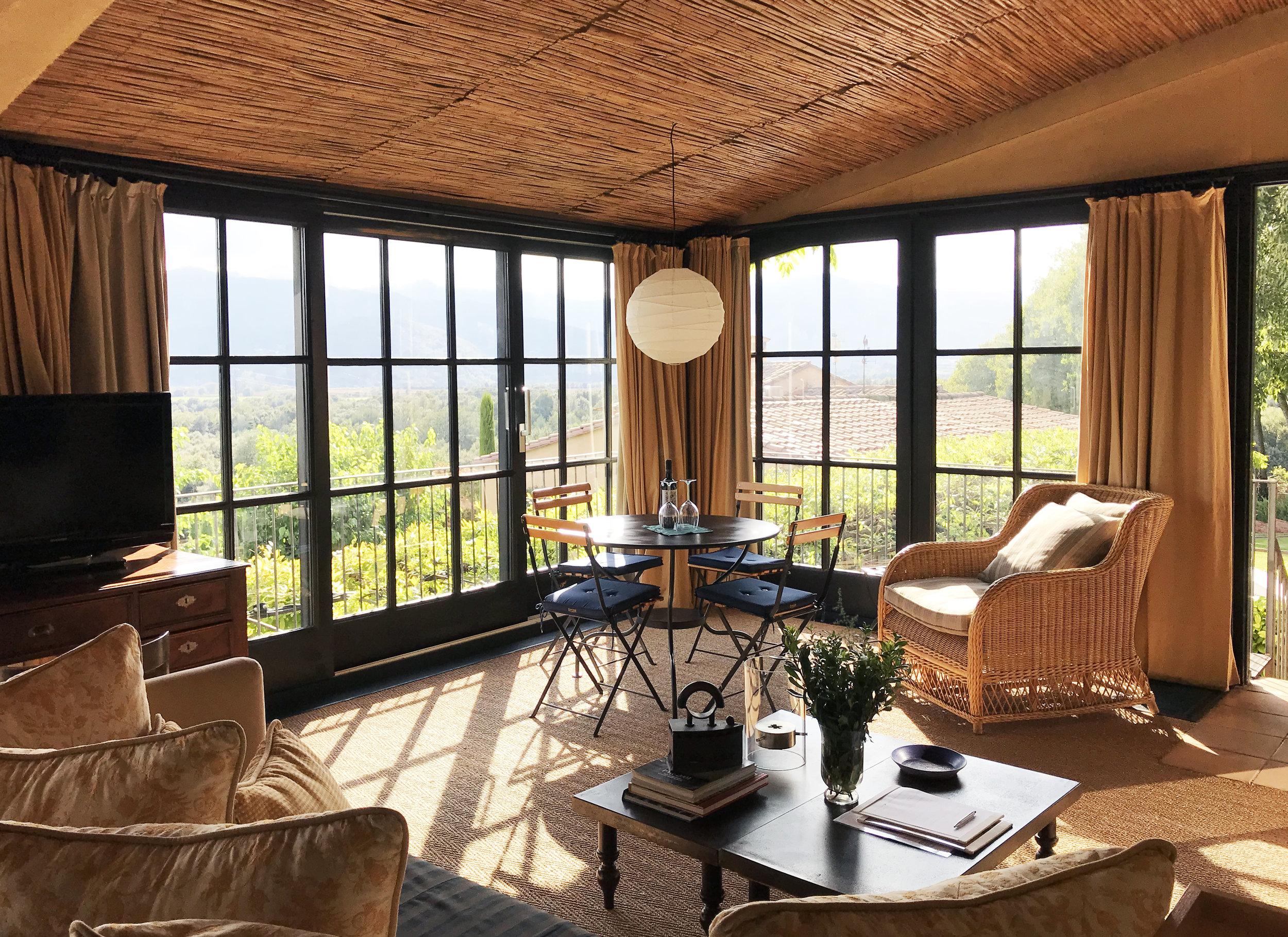 suite loft Living4.jpg