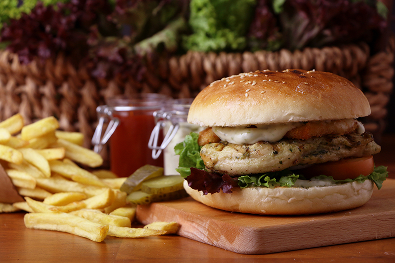 Chicken Basilico Burger_highlights.jpg