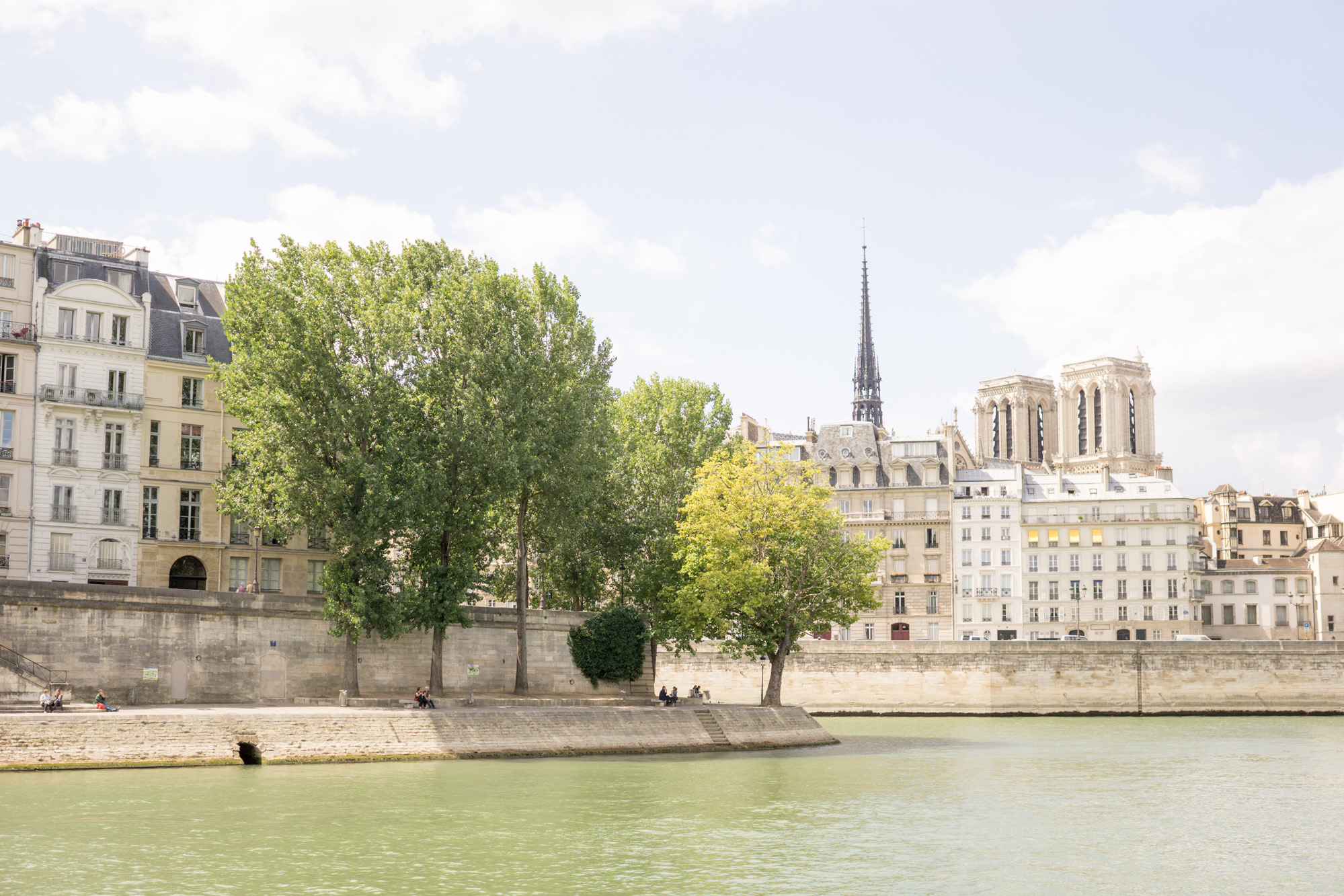 Parisian Summer | Paris Travel Tips | How to have a parfait Parisian summer.