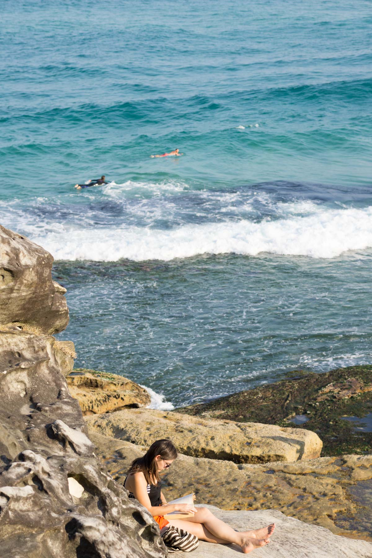 Dive in to discover an iconic Sydney coastal walk that is a favourite amoung locals and tourists alike. | Bondi to Bronte Coastal Walk | Sydney Travel Tips