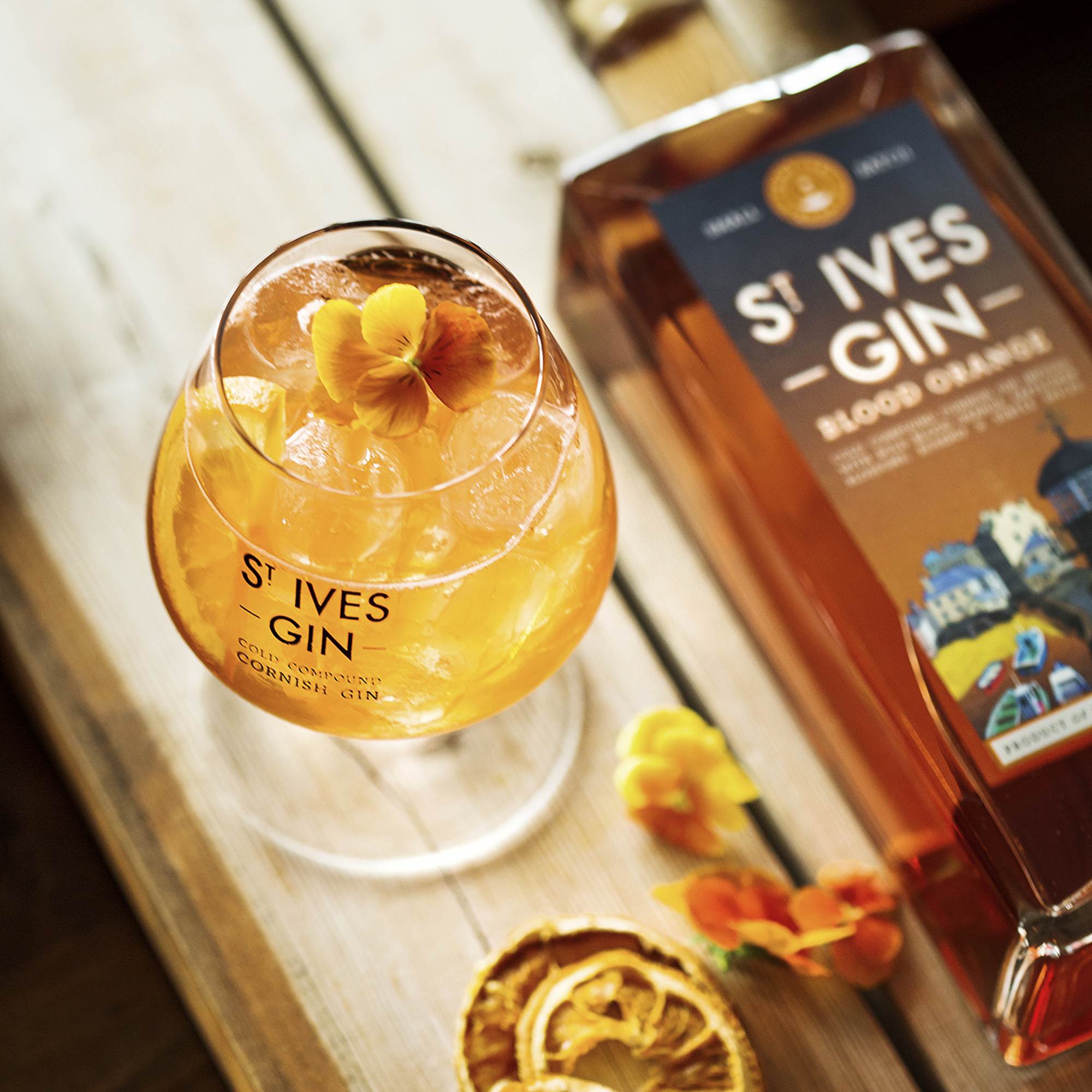 St Ives Blood Orange Gin Signature Gin & Tonic Serve