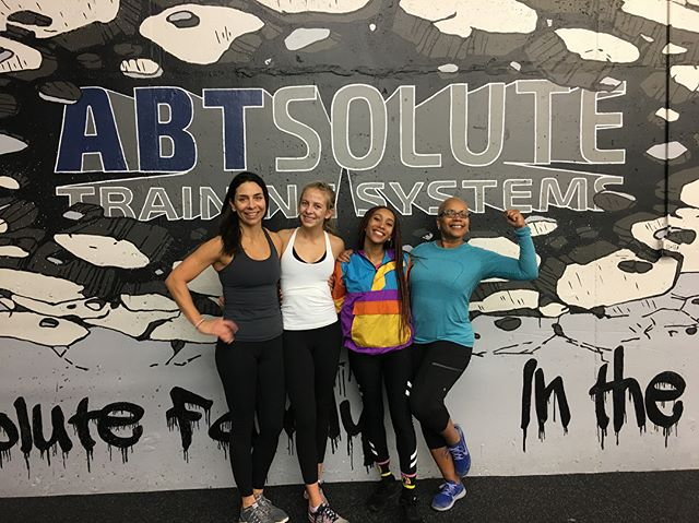 These lovely ladies killed it this morning at @abtsolutetraining!!! We even had a few mother daughter workouts this AM!
