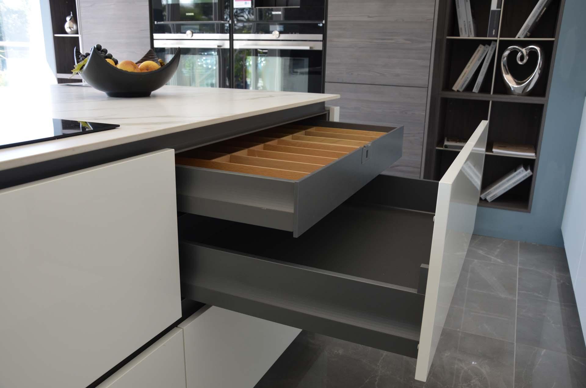 lbf-essex-kitchen-showroom-1-10.jpg