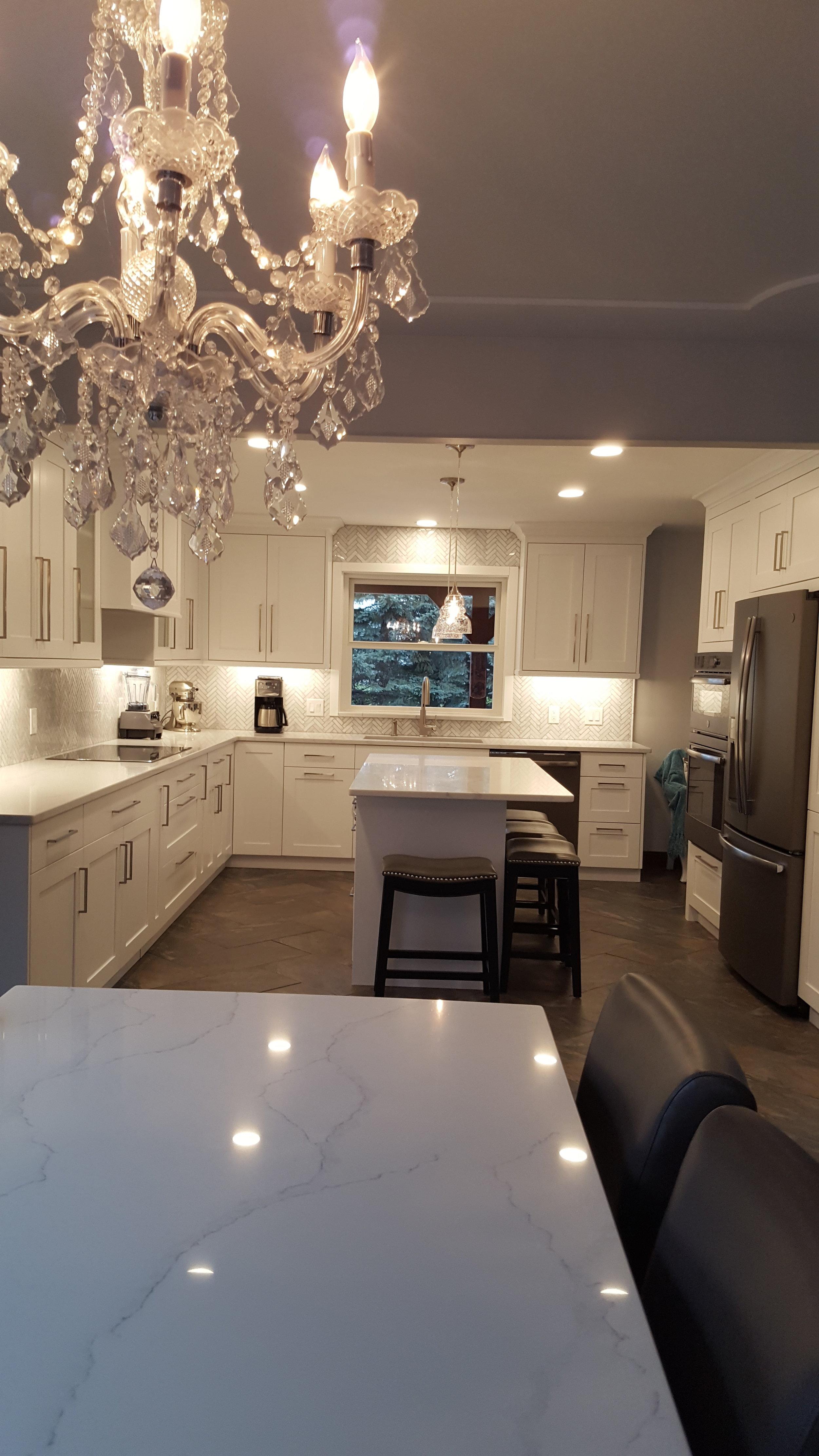 W-Kitchen 2.jpg