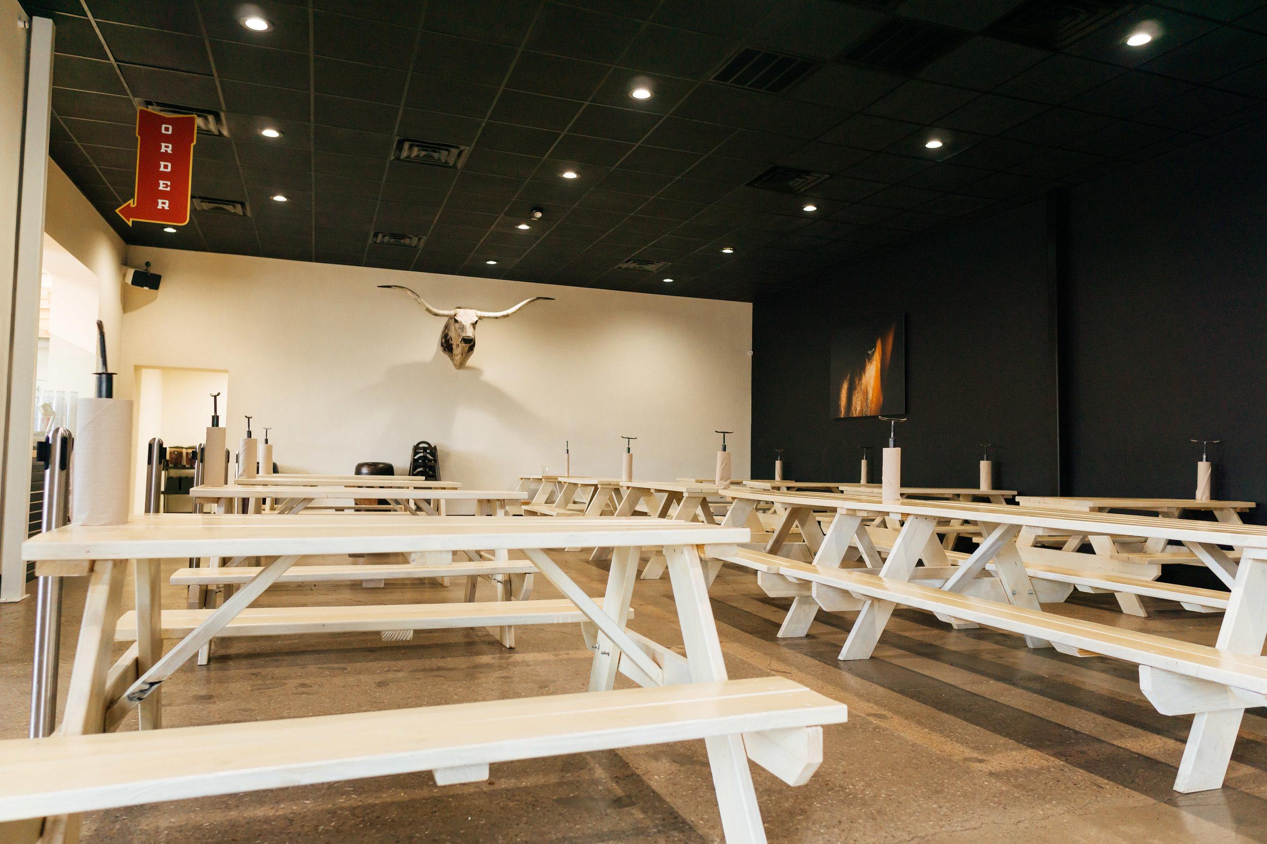 Maple's BBQ Interior