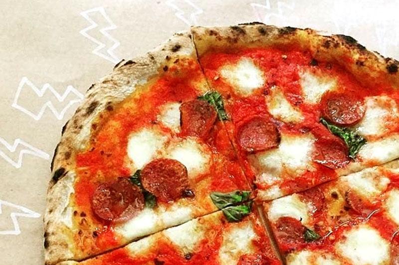 Bráz Elettrica   A pizza em estado de choque!
