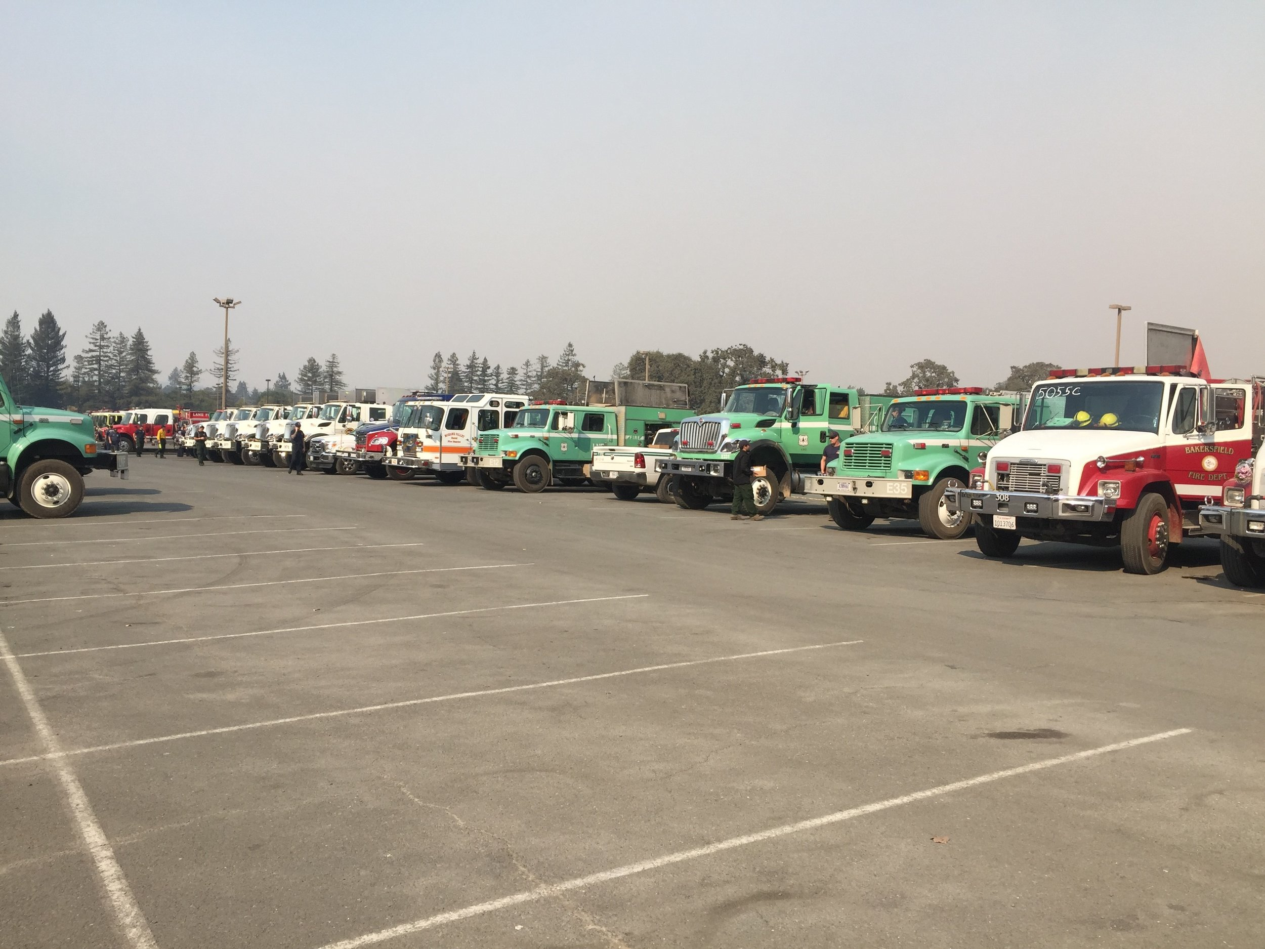 Santa Monica Fairgrounds Response Center Northbay fires.jpg