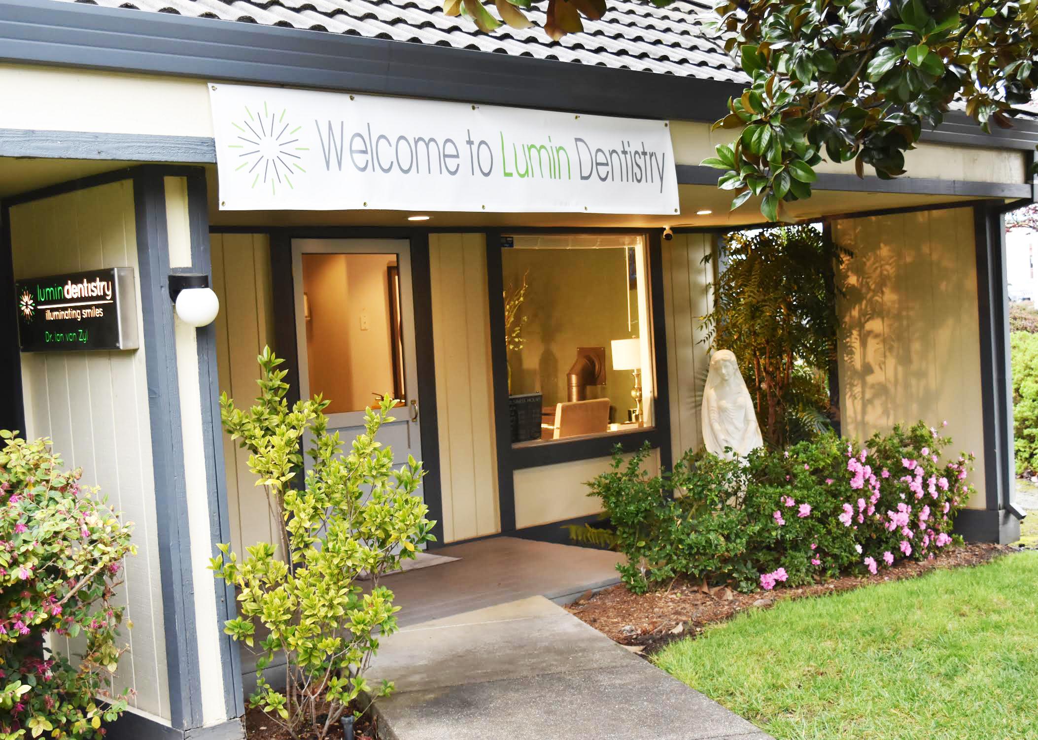 Lumin Dentistry Office Outside.jpg
