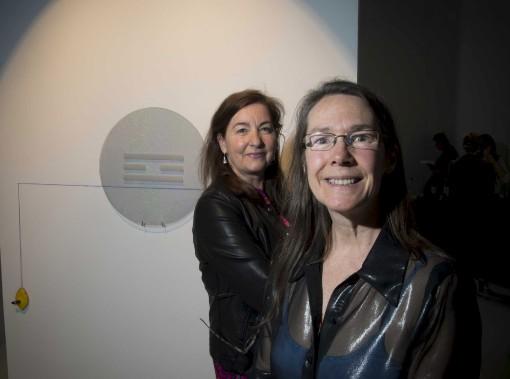 Lorraine Beaulieu, commissaire de l'exposition, et France Joyal, professeure au departement des arts de l'UQTR.©Sylvain Mayer