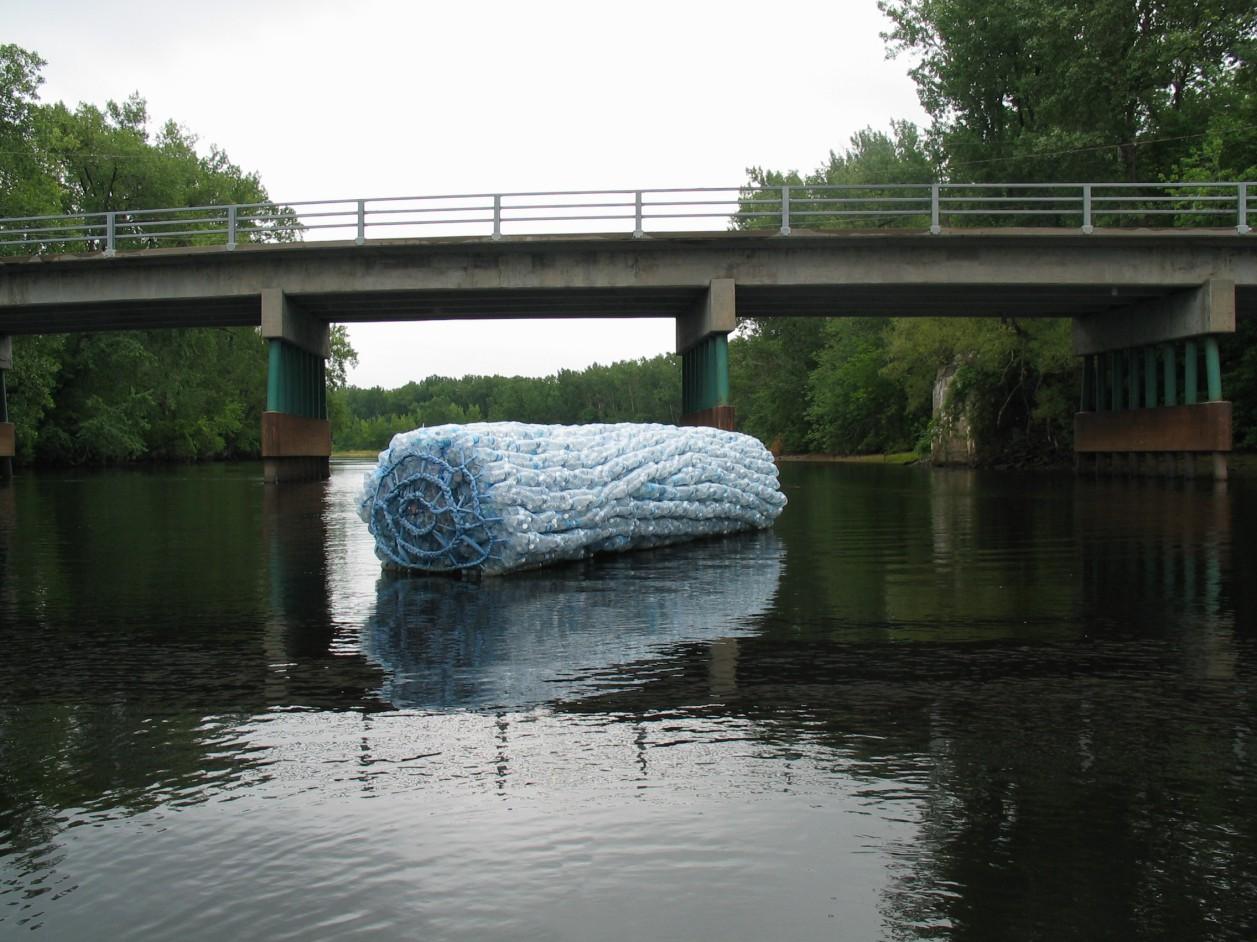 Une des quatre sculptures. Réalisation en duo avec Dominique Roy.