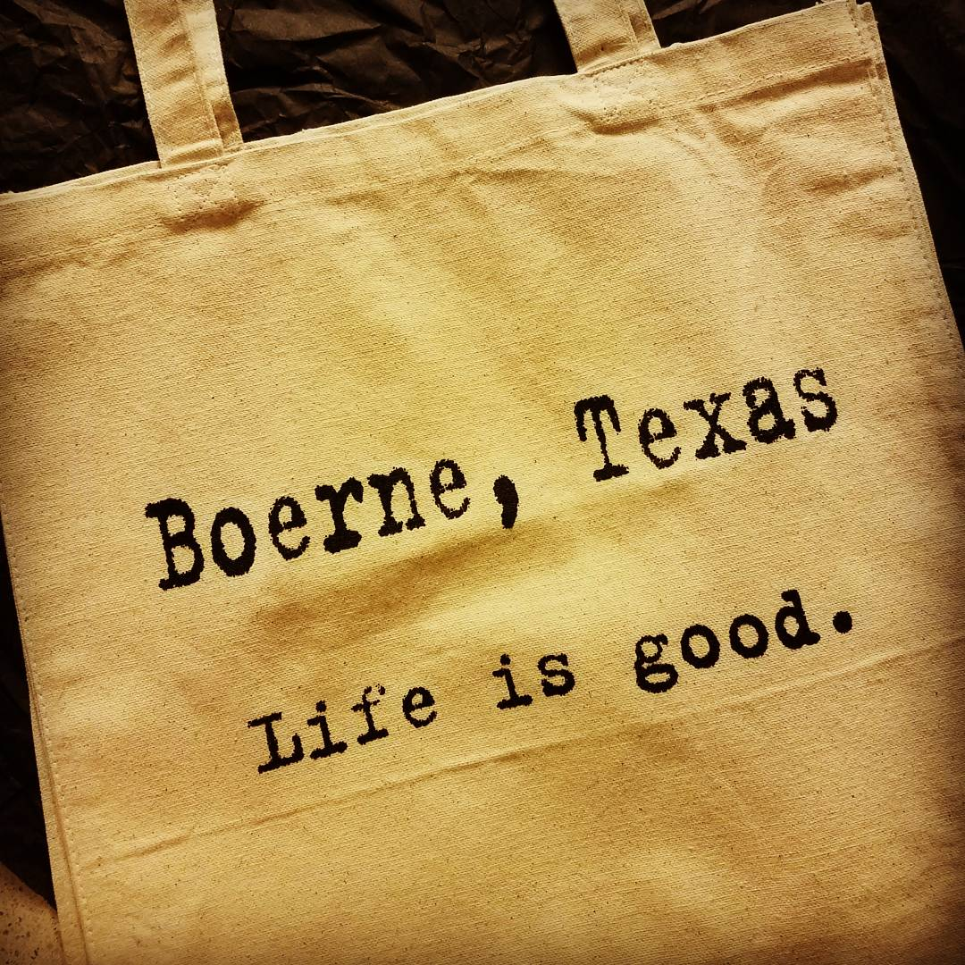 You can find this adorable tote at  The Corner Cartel .