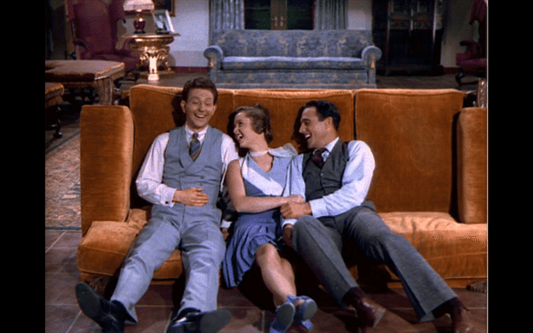 A scene from the 1952 film that was adorably recreated by the Teen Troupe ( Image Source )