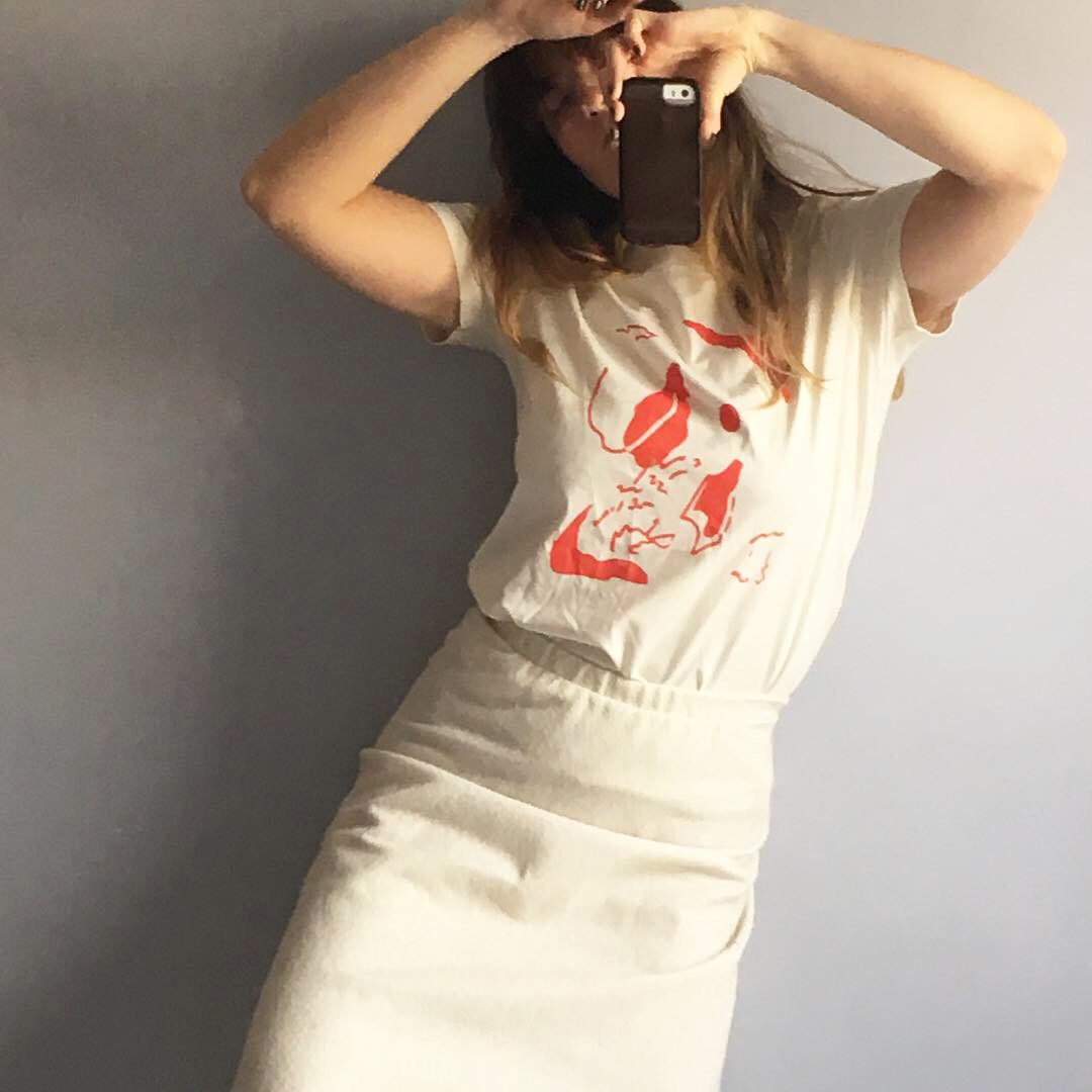 The fruit of our frndship with Alexandra is a perfect graphic tee. Her map-like shapes in an orangey red translate beautifully onto a creamy super soft 100% cotton tee. We love you Alexandra!  xoxo, frnds of ours