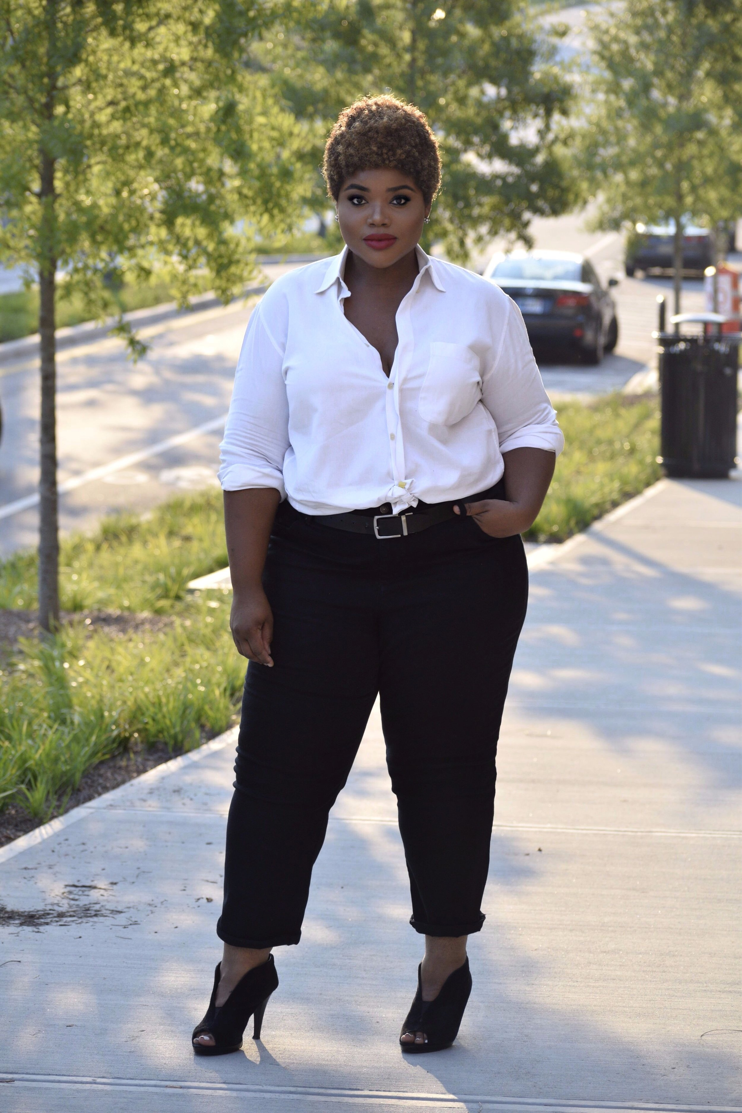 black-and-white-plus-size-outfit