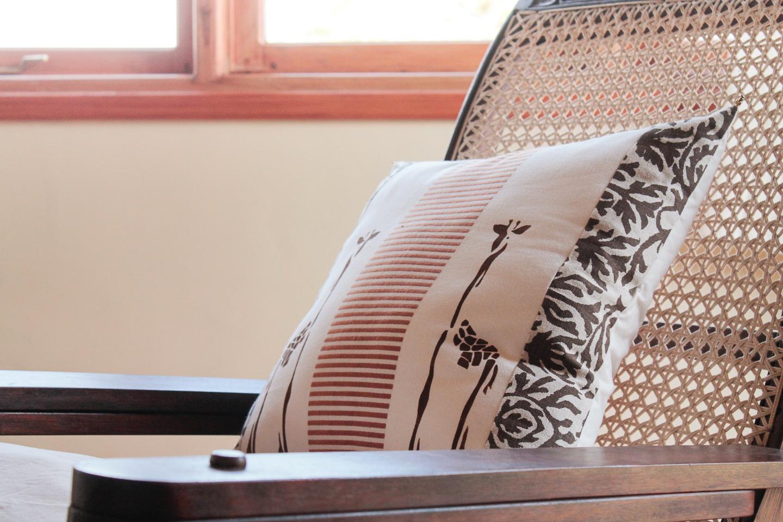 C1 lounge detail.jpg