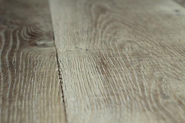 arte mundi hardwood flooring wire brush 2.jpg