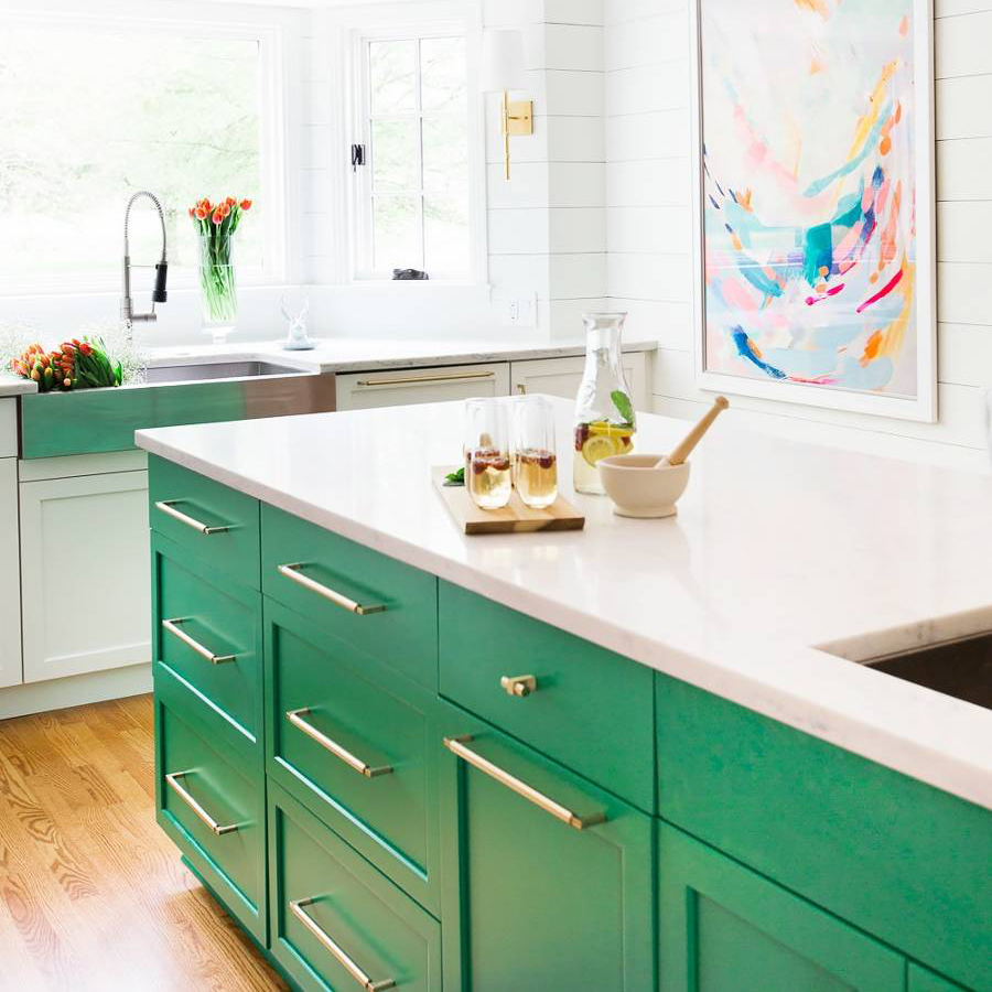 tk-kitchens-giving-the-all-white-look-a-run-for-its-money-1853786-1469822553.900x0c.jpg