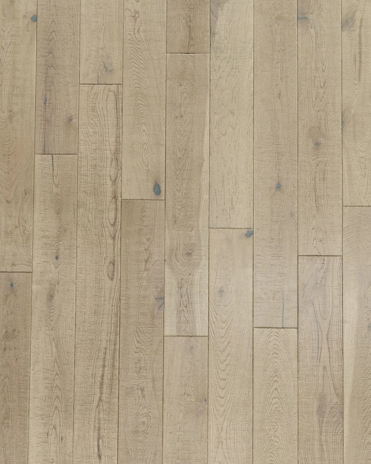 RSWO-05 | NATURAL | WHITE OAK    – Surface: Wire brushed, heavy hand scraped, natural cracks, saw marked and mineral streaks
