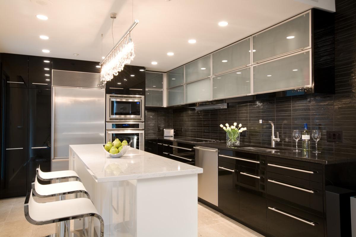jodifoster-K-1-kitchen.jpg
