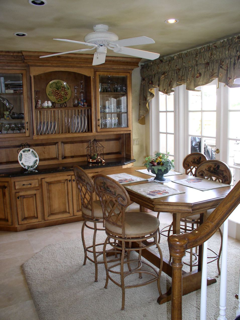 Sill Wood inks Kitchen dining room