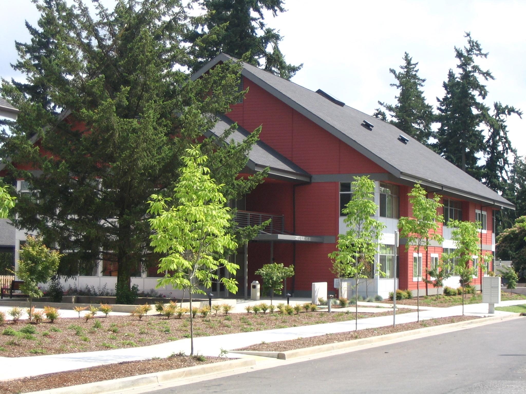 Midland Commons Housing 7-05 016.jpg
