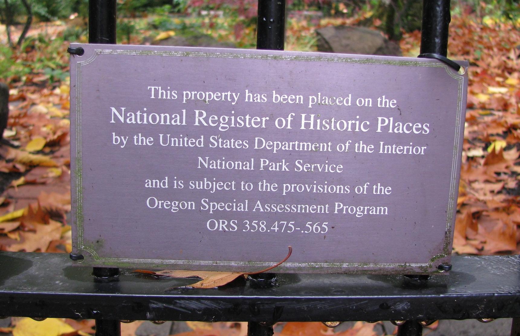Lynch Garden Nov 08 059.jpg