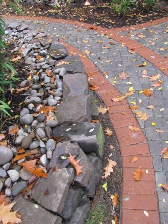 Lynch Garden Nov 08 043.jpg