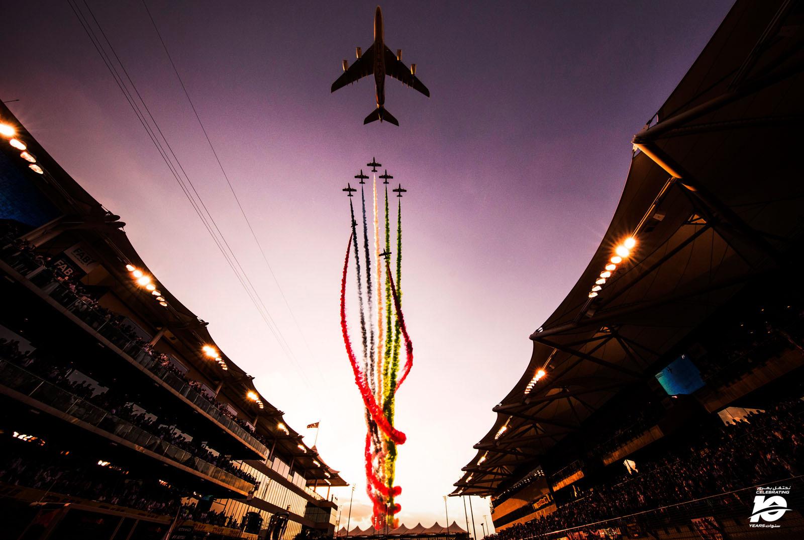 9.Fly_Past_Abu_Dhabi'17_014_.jpg