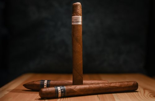 Making the Cut: The Production Methods That Place Premium Cigars Above the Rest — The Pemberley