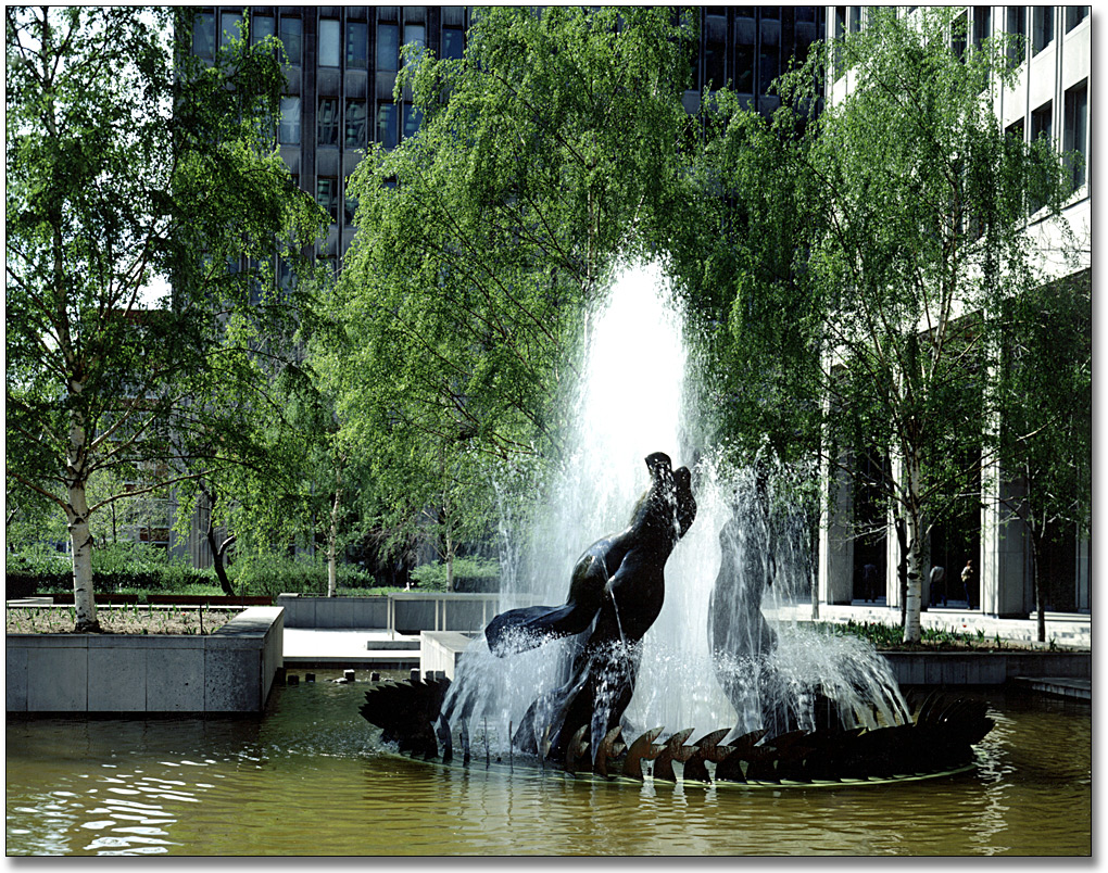 Three Graces Fountain 1 - Archives of Ontario.jpg