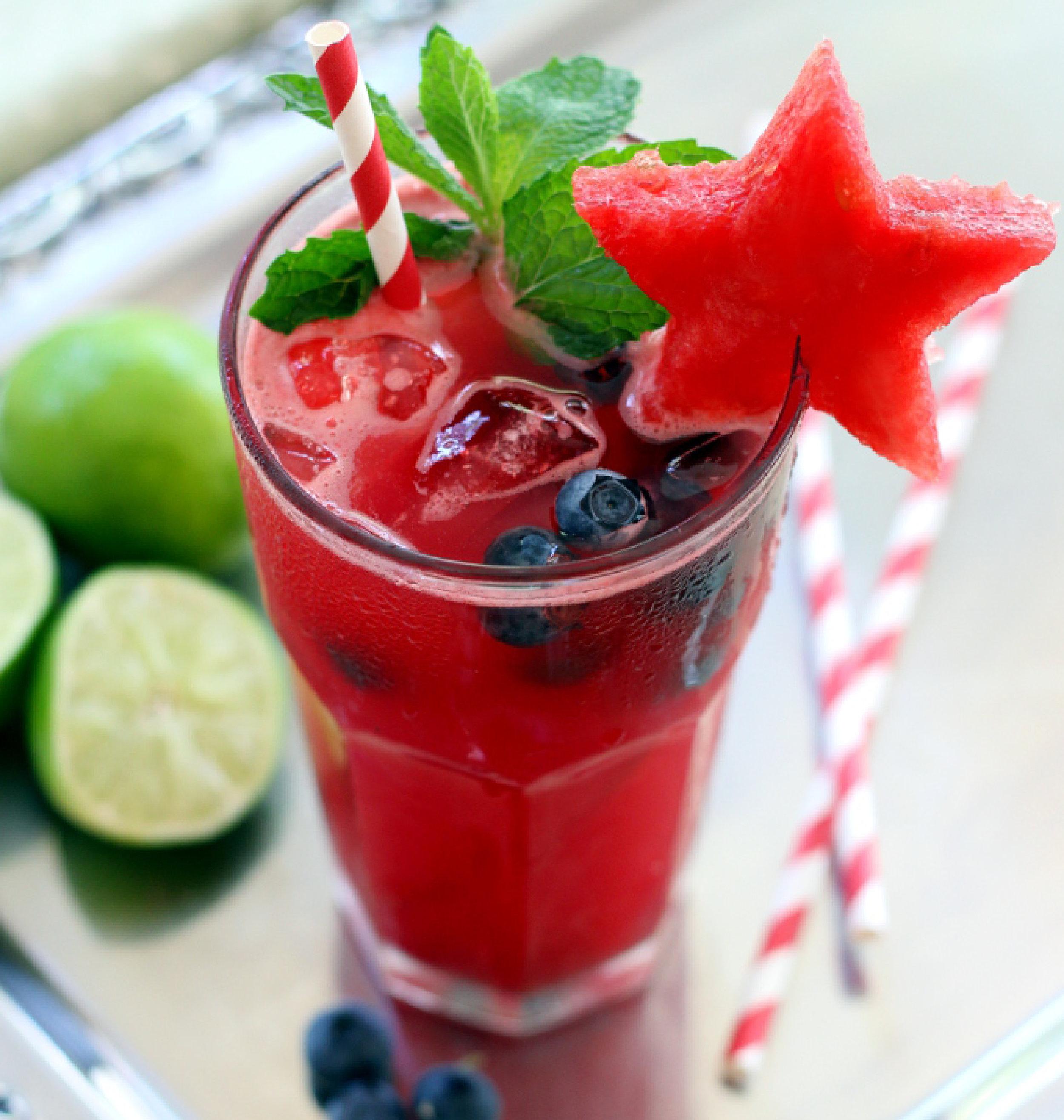 watermelon-blueberry-mojito