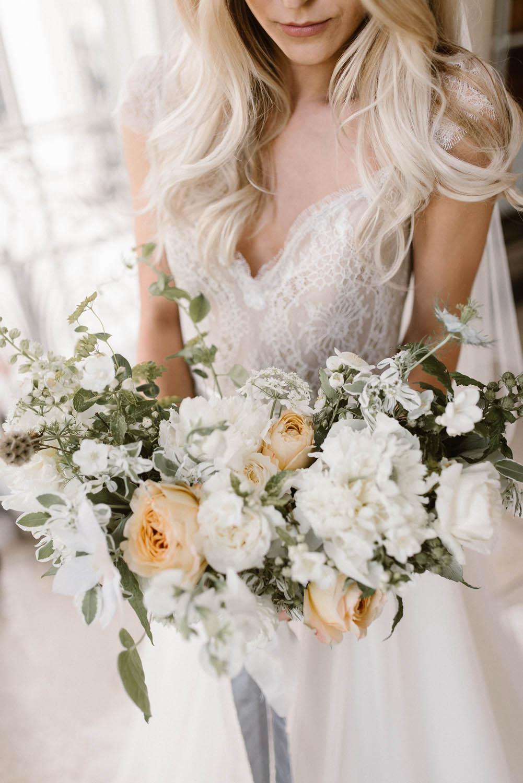 floral design fine art ethereal wedding florals