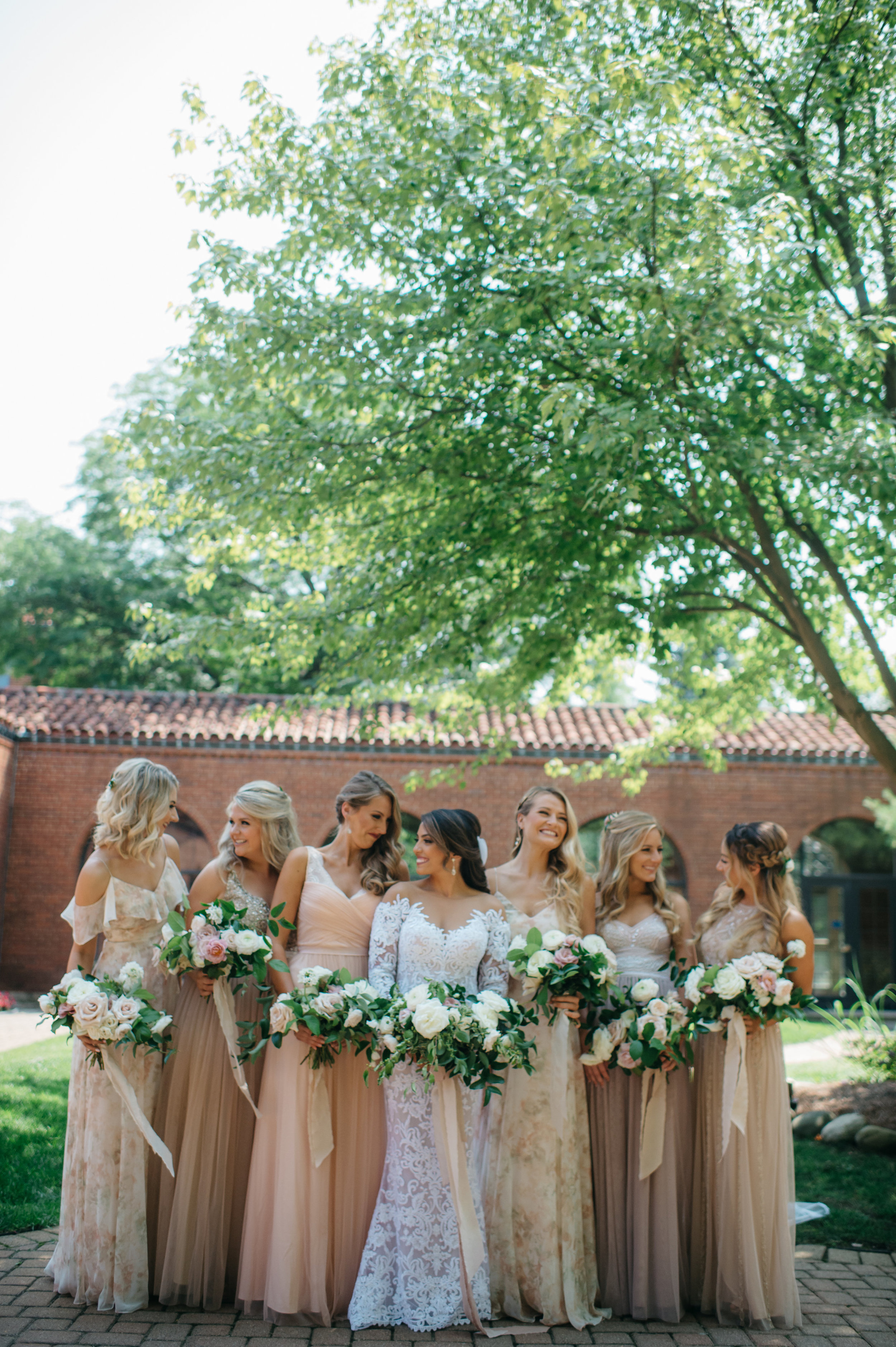 custom wedding planners michigan event design paper goods florals bridal party bridesmaids bouquets