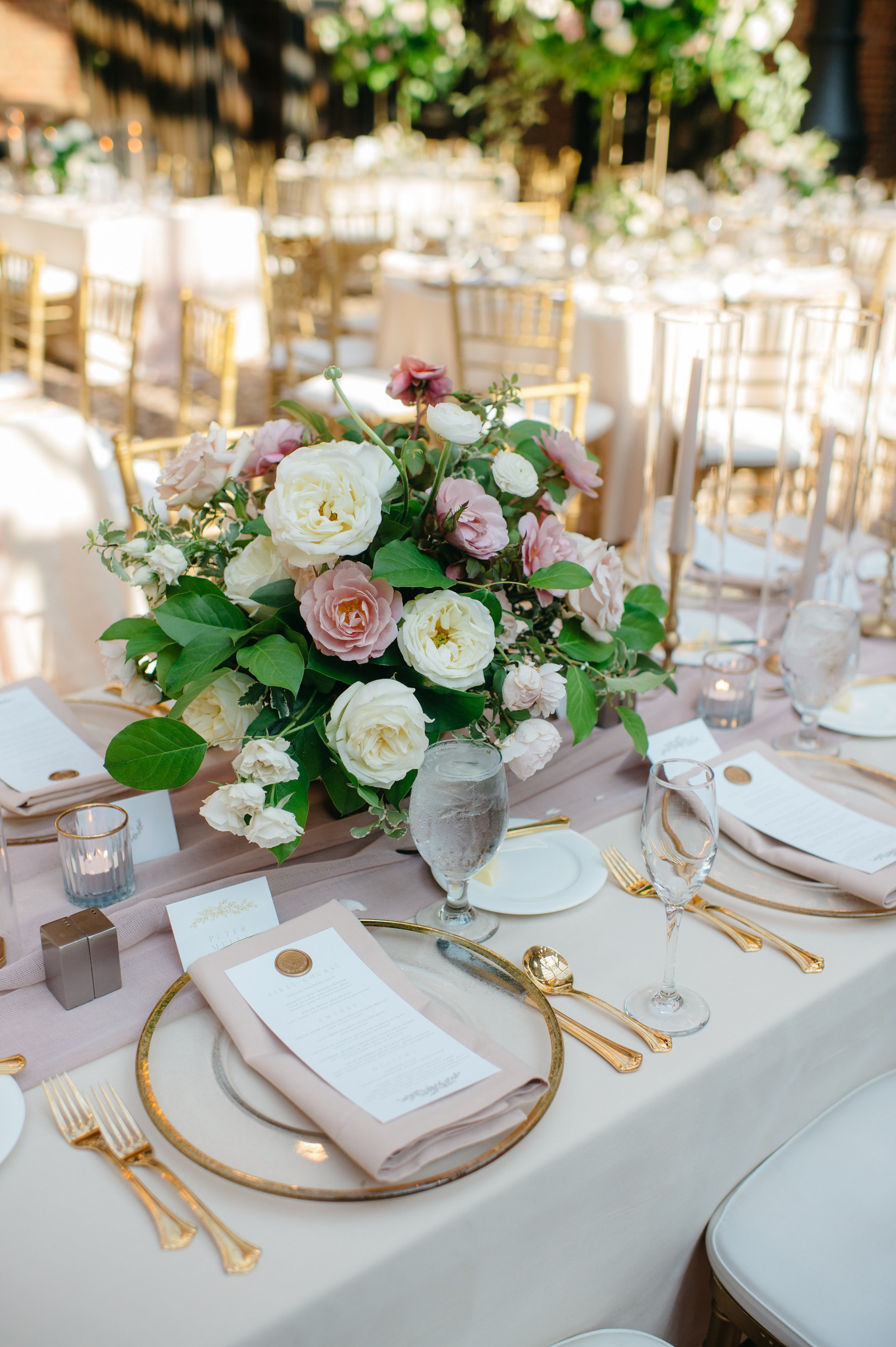 custom wedding planners michigan event design paper goods florals table settings menus centerpieces