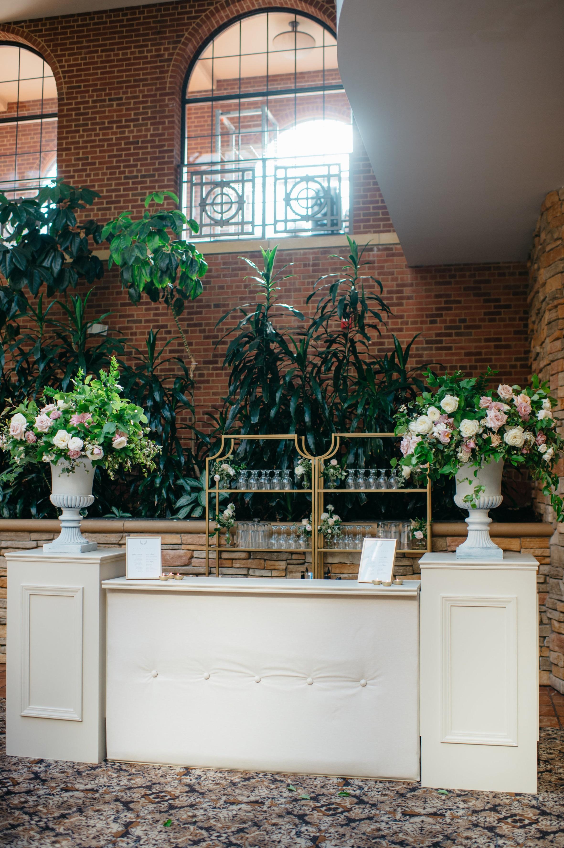 custom wedding planners michigan event design paper goods florals bar